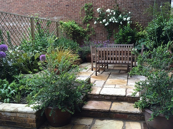 How To Make A Low Maintenance Garden With Planters John Gilbert